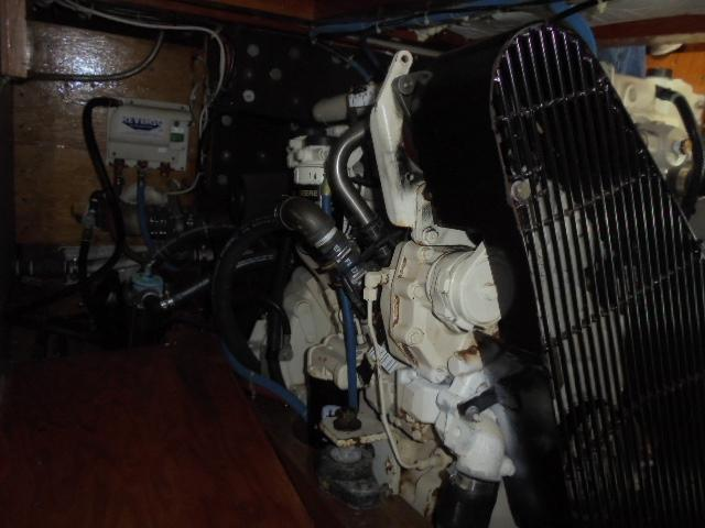 Custom 36 Yukon Trawler - John Deere Diesel
