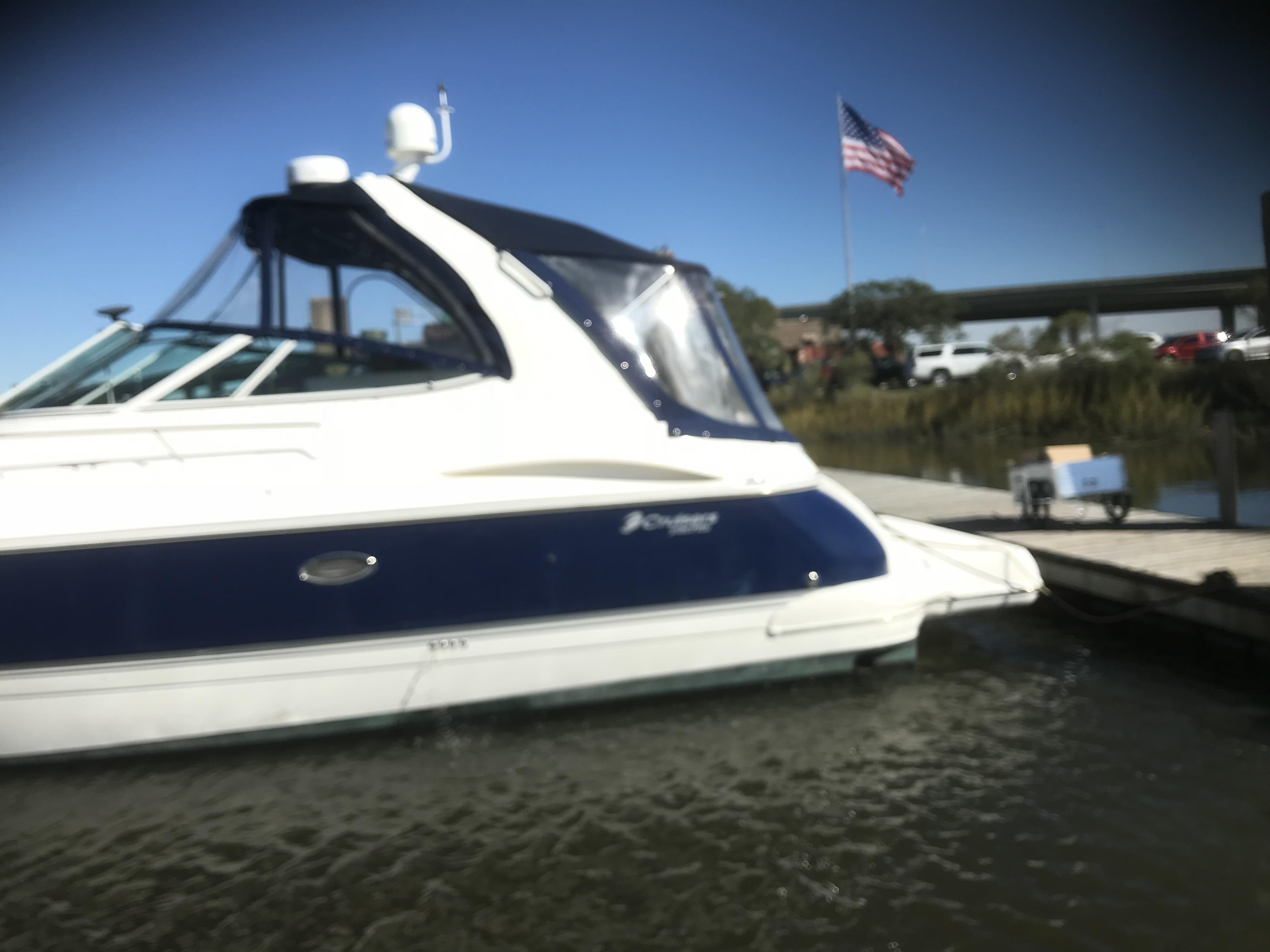 Cruisers Yachts 370 Express - Photo: #38