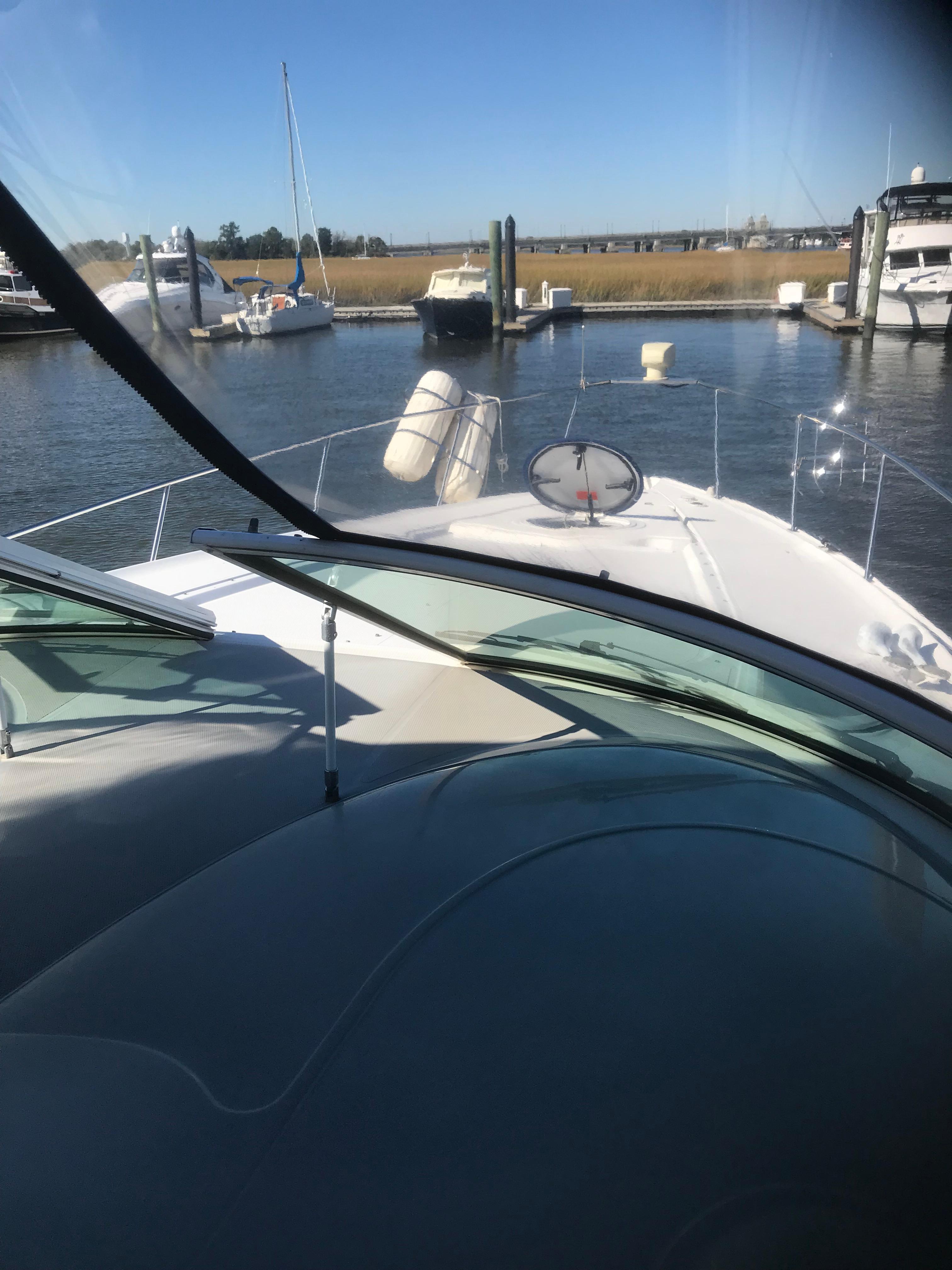 Cruisers Yachts 370 Express - Photo: #59