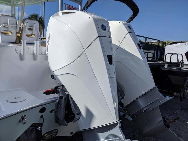 2019 Cape Horn boat for sale, model of the boat is 27XS & Image # 8 of 34