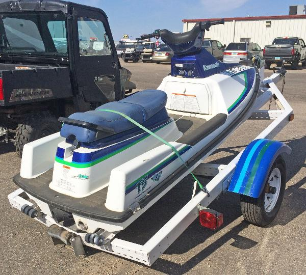 1992 Kawasaki boat for sale, model of the boat is Tandem Sport & Image # 4 of 4