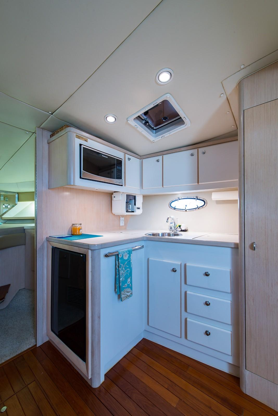 Mo-jo Tiara 35 Yachts for Sale
