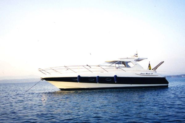 Windy 35 Mistral HT. Length: 35 feet. Model Year: 1998. Price: €120000
