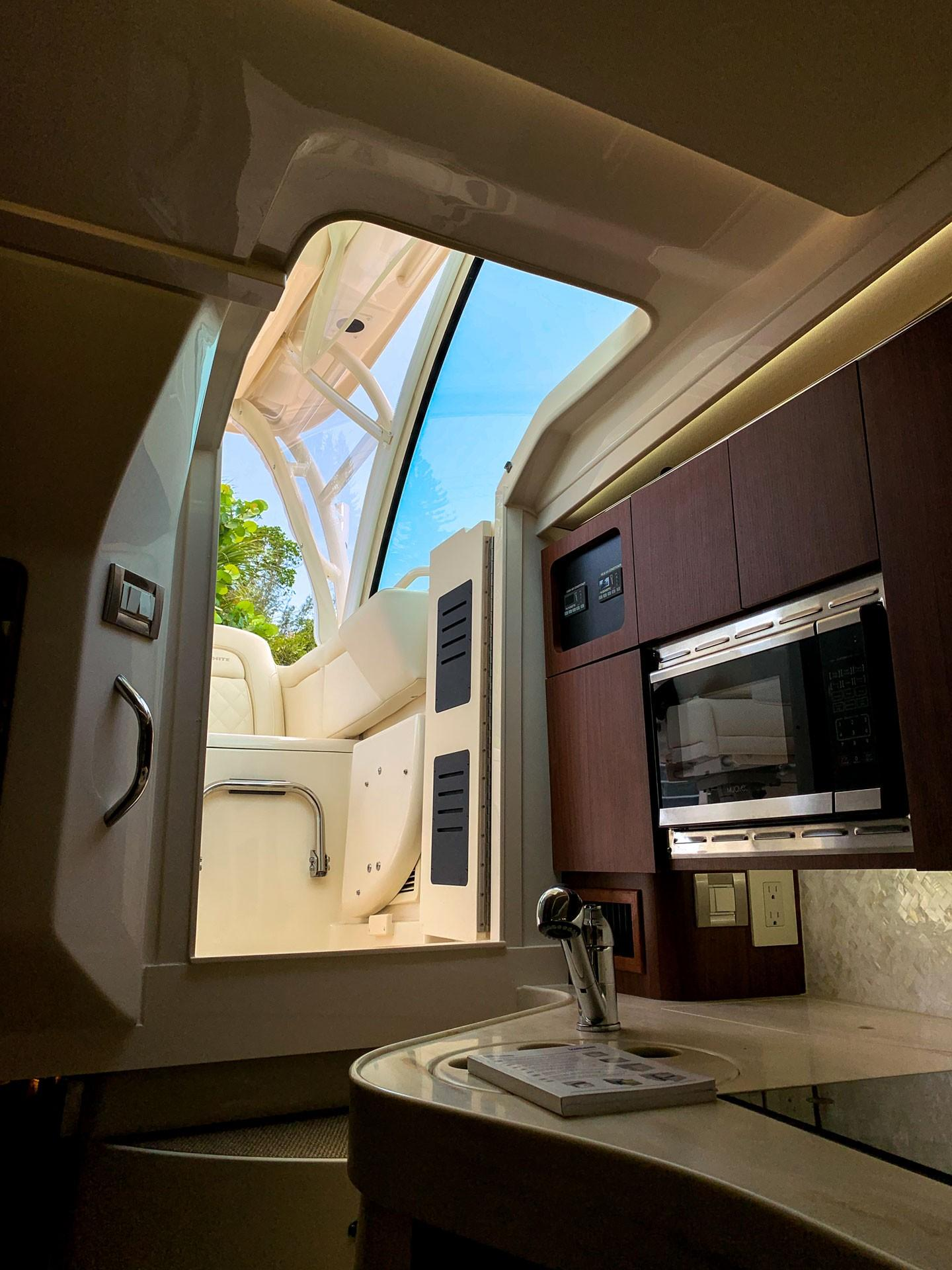 2019 Grady-White 330 Express