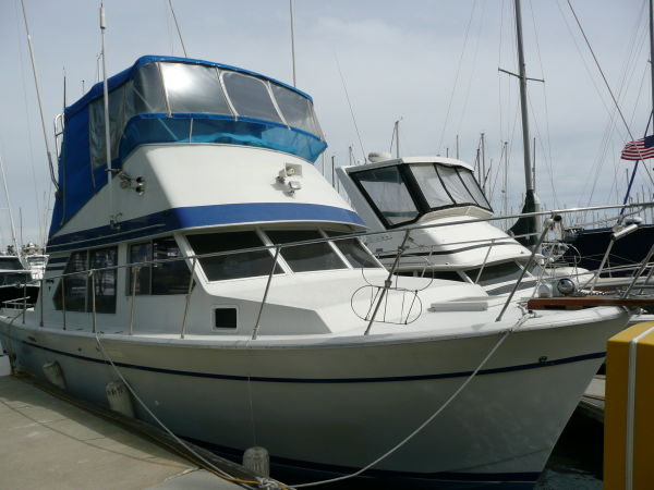 Tollycraft Sportfisher Sports Fishing Boats. Listing Number: M-3525031 34' .