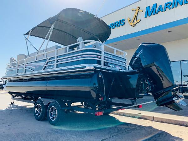 2021 Ranger Boats boat for sale, model of the boat is Reata 223FC & Image # 7 of 41