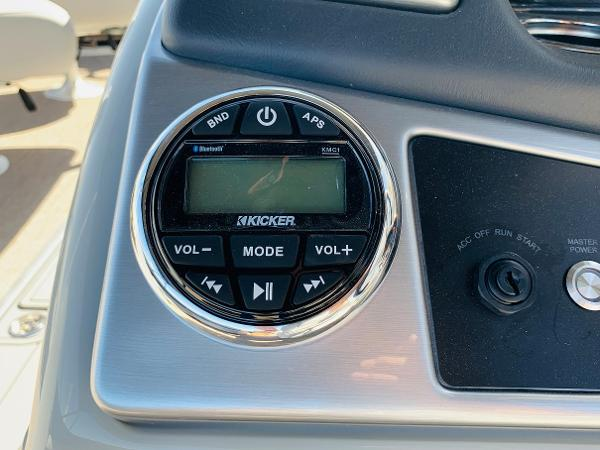 2021 Ranger Boats boat for sale, model of the boat is Reata 223FC & Image # 34 of 41