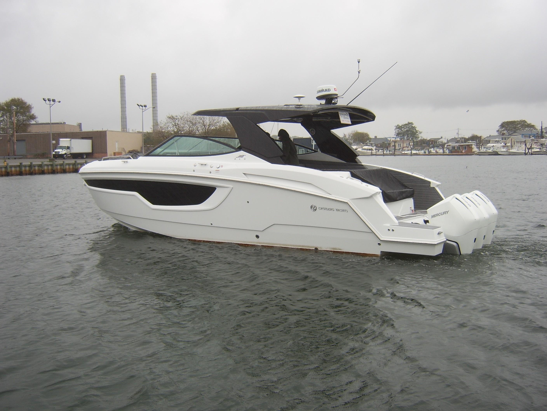 Princess 68 Flybridge Motor Yacht - main image