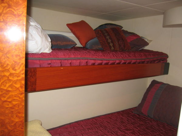 Guest Stateroom, Upper Lower