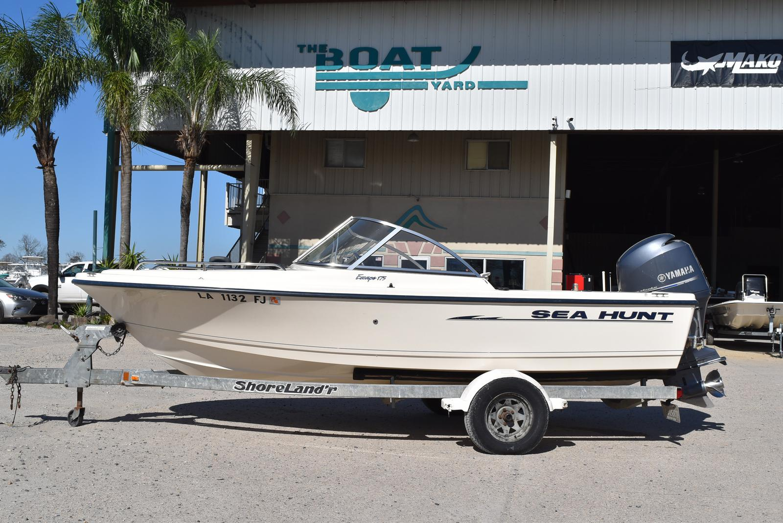 2003 Sea Hunt boat for sale, model of the boat is Escape 175 & Image # 1 of 16