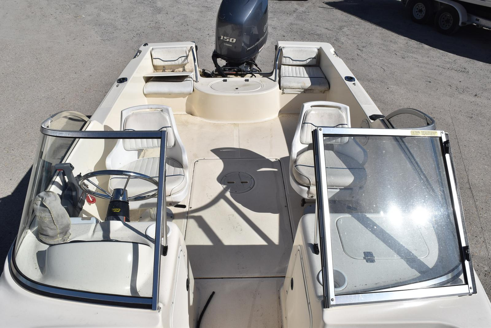 2003 Sea Hunt boat for sale, model of the boat is Escape 175 & Image # 10 of 16