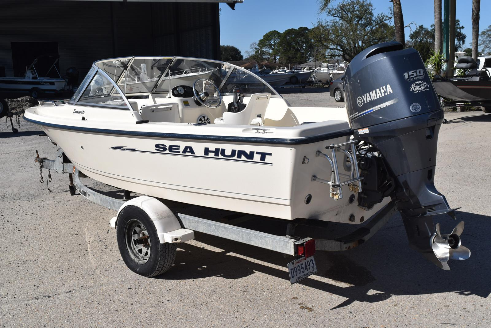 2003 Sea Hunt boat for sale, model of the boat is Escape 175 & Image # 13 of 16