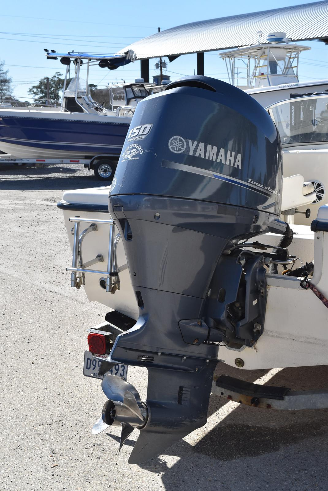 2003 Sea Hunt boat for sale, model of the boat is Escape 175 & Image # 8 of 16
