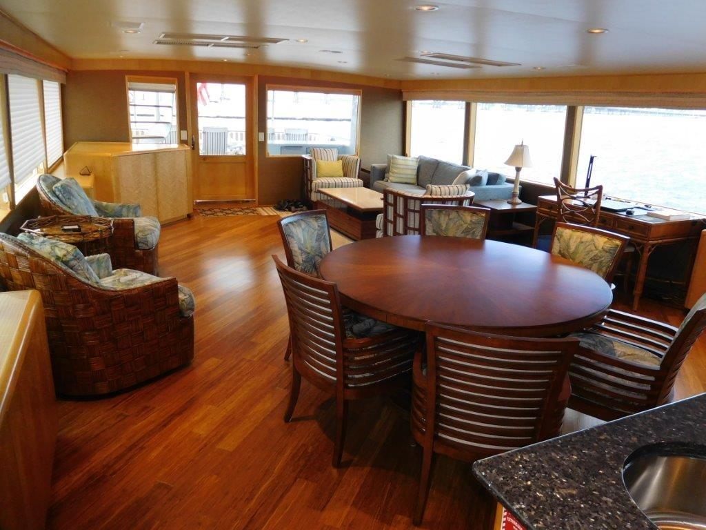 Dining & Salon looking Aft