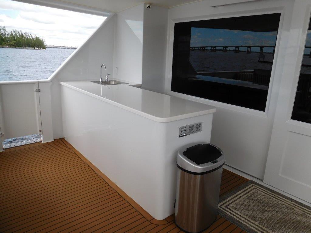 Aft Deck Wet Bar