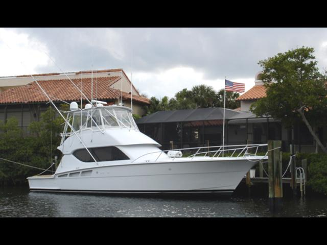2001 Hatteras Convertible SF