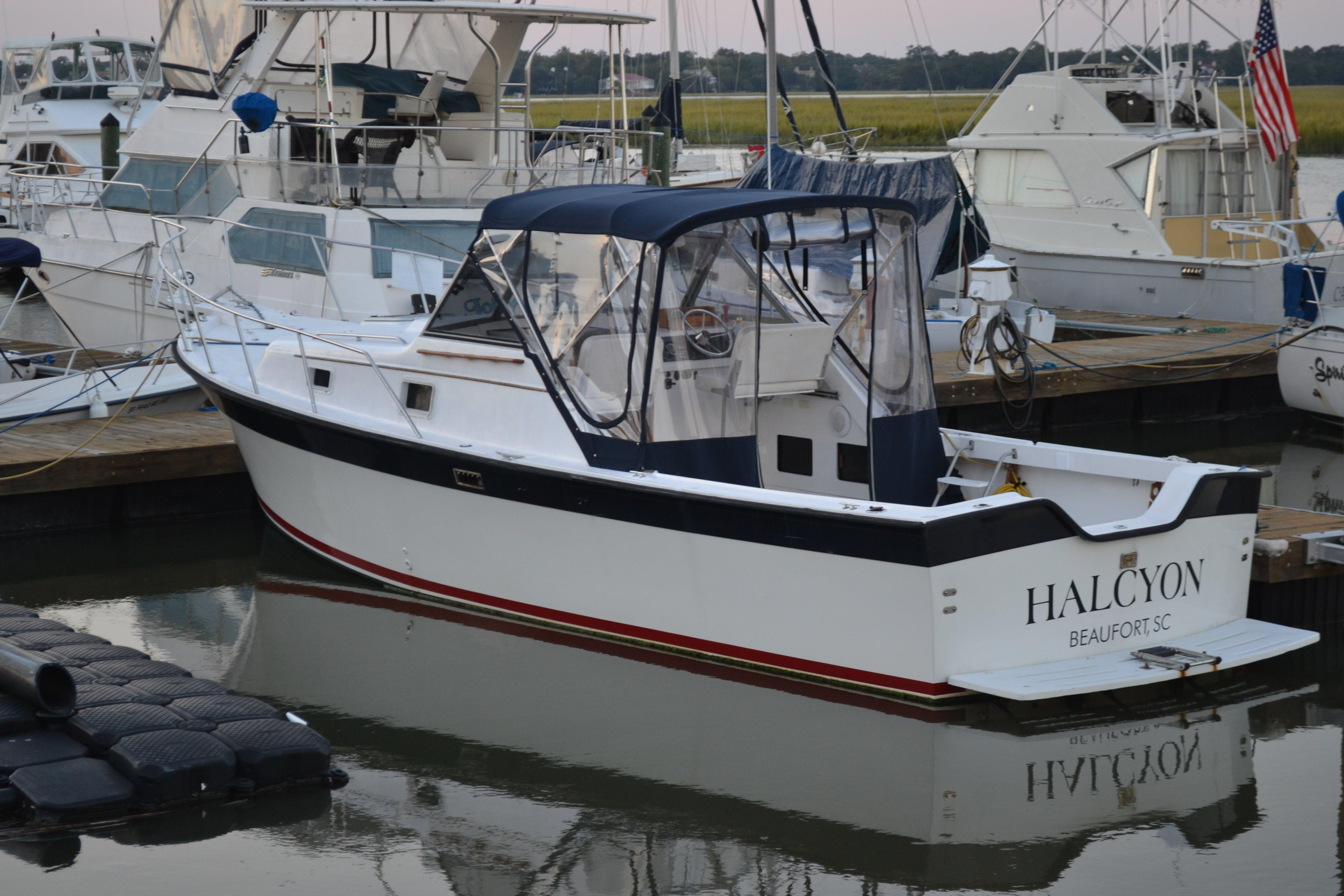 1988 Luhrs With Diesel Engine And Bow Thruster