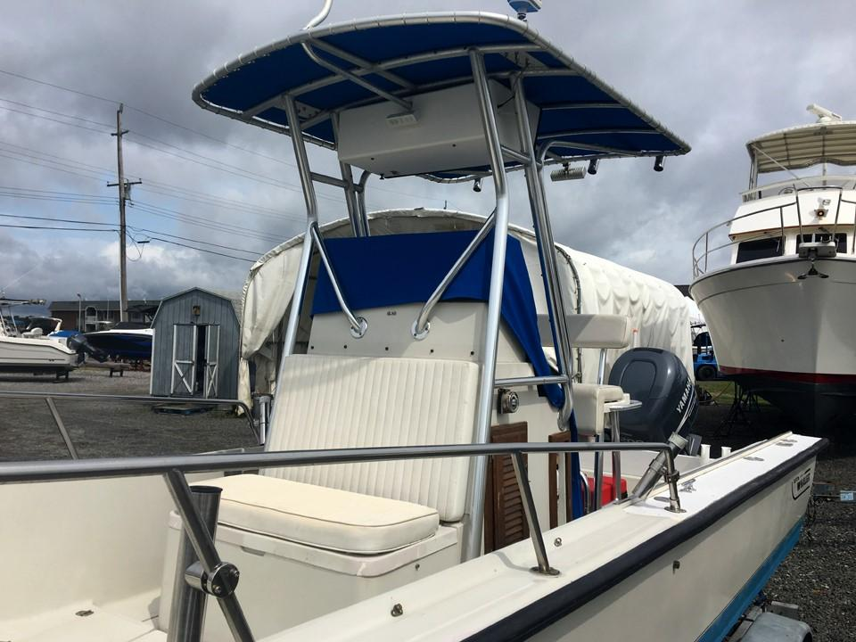 1989 Boston Whaler Outrage 22 Sandy Hook Yacht Sales