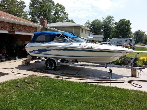 1992 SEA RAY 200 for sale