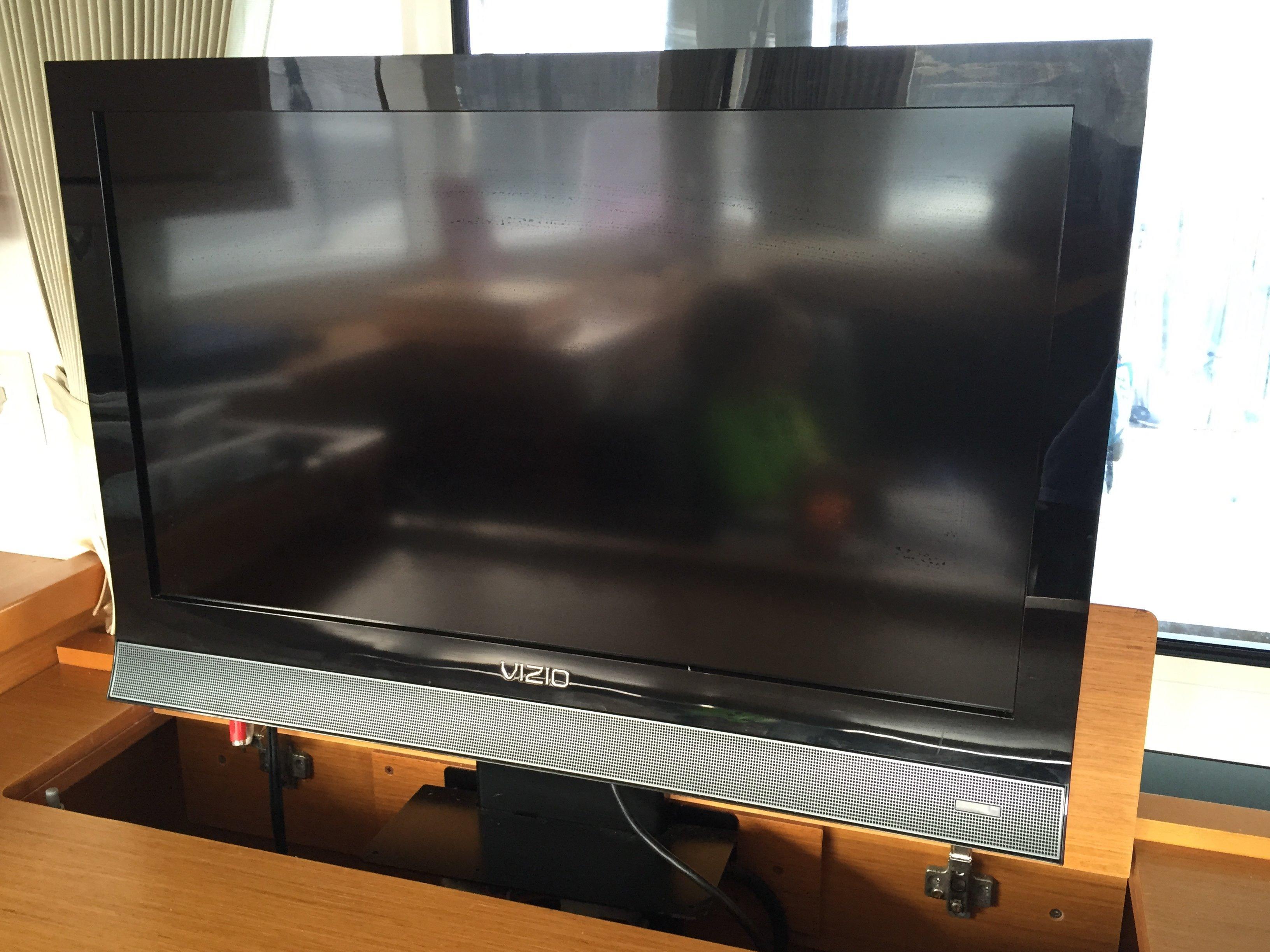 TV on Lift