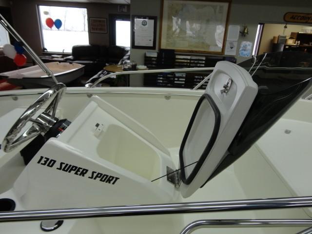 Boston Whaler130 Super Sport