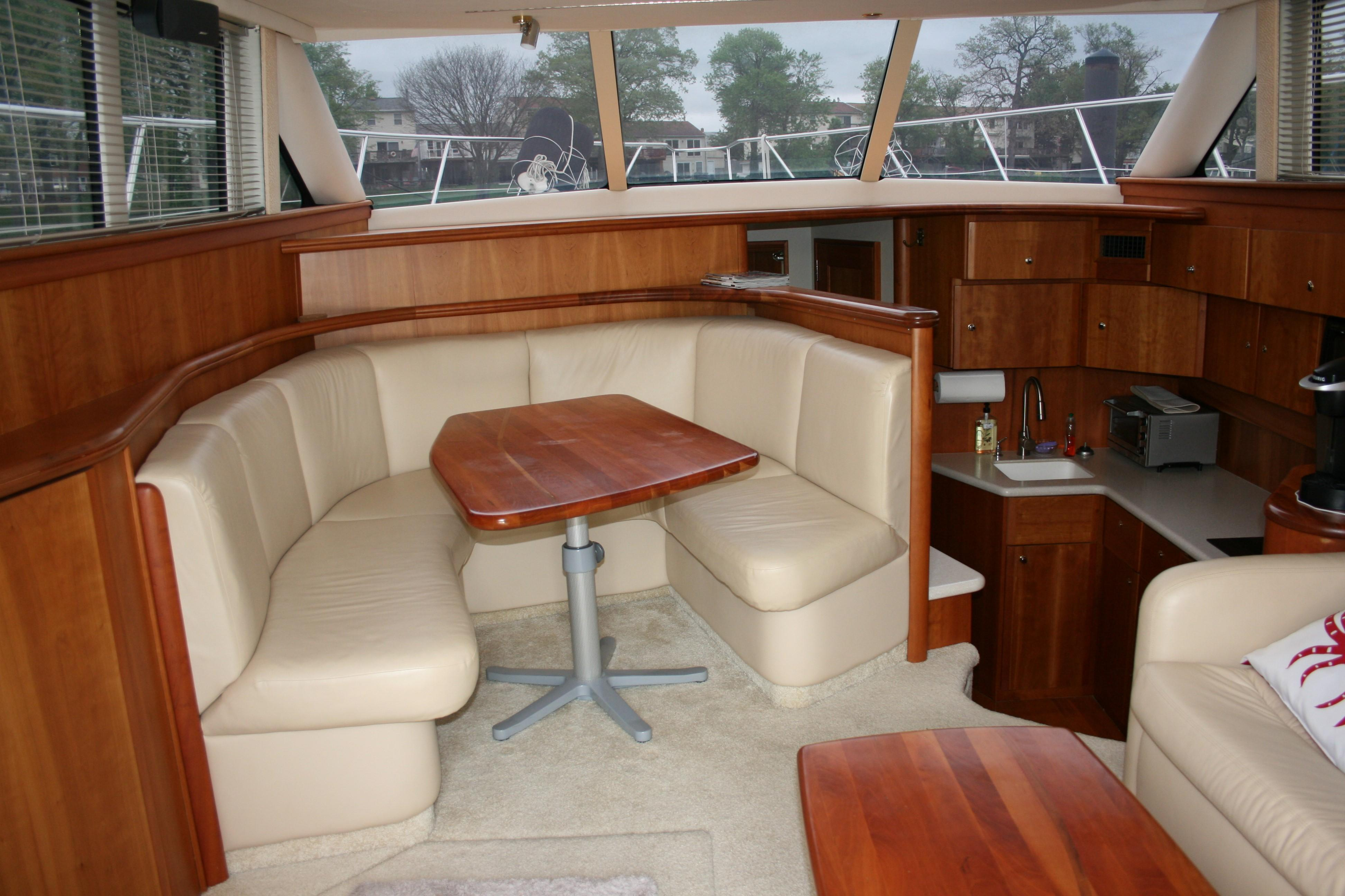 Used Silverton 42 2004 Yacht For Sale Havre De Grace Denison Yachting. Wiring. Woods 6215 Wiring Diagrams At Scoala.co