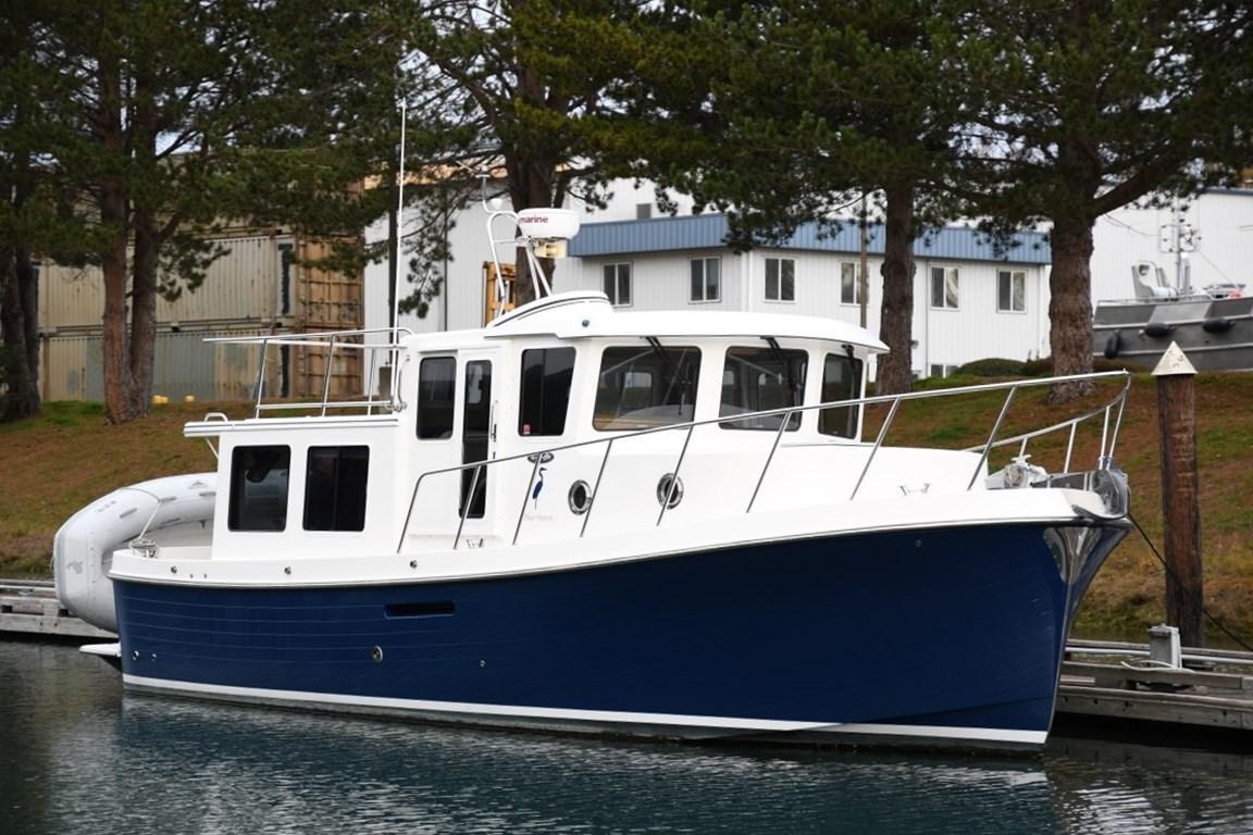 37' American Tug 2010