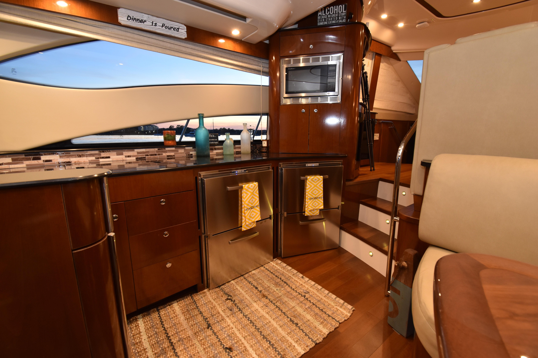 54 Meridian Black Nyte 2011 Annapolis   Denison Yacht Sales
