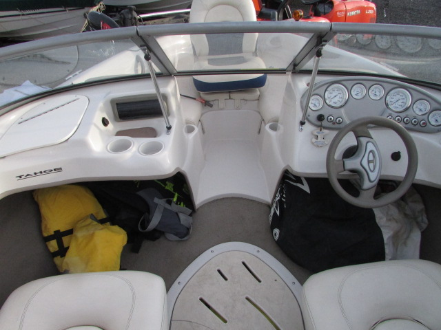 2007 Tahoe boat for sale, model of the boat is Tahoe Q4 & Image # 11 of 13