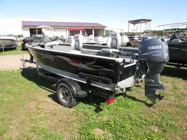 Used 2004 lund 1600 explorer tiller for sale in chippewa for Used lund fishing boats for sale