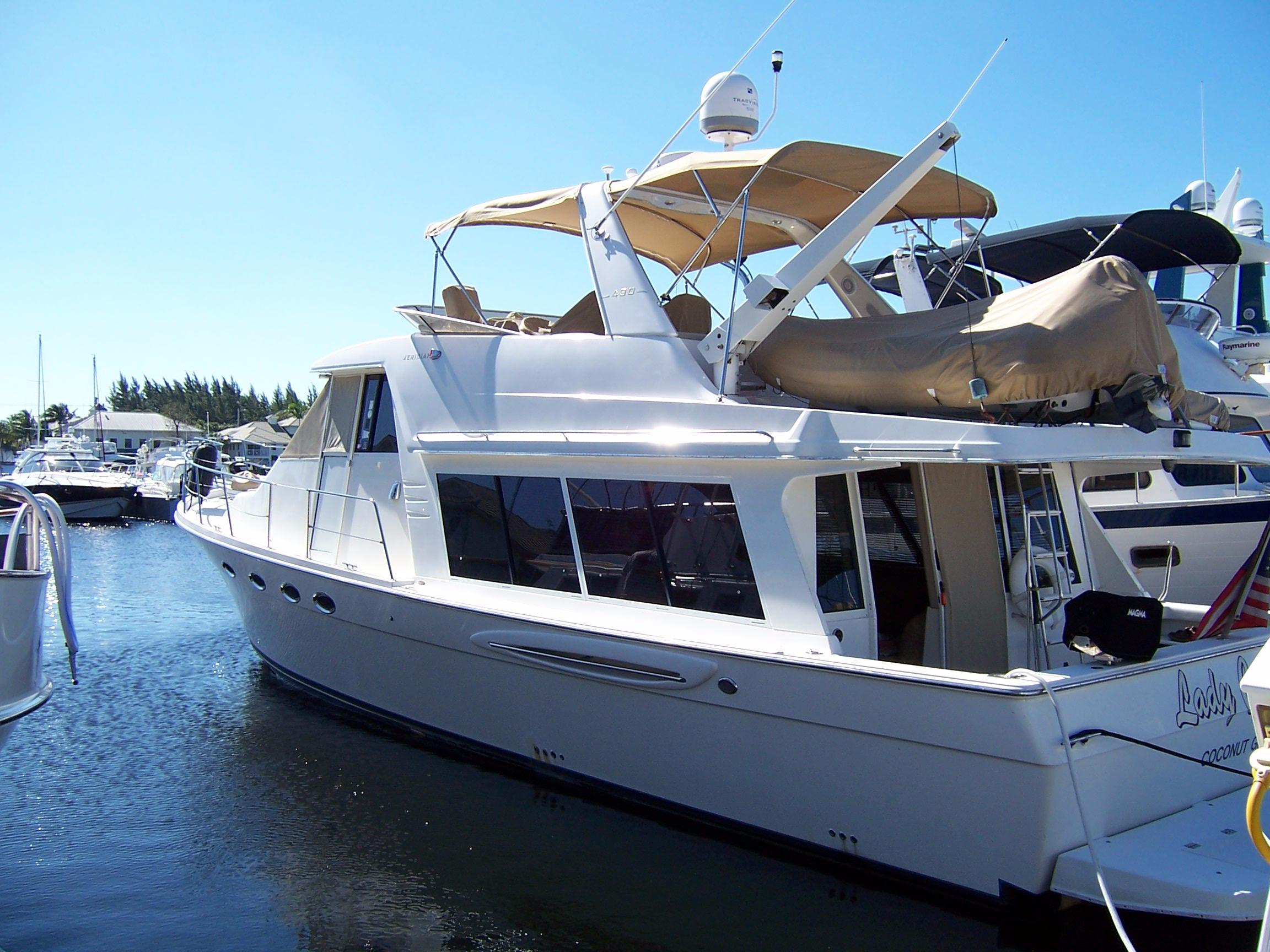 49' Meridian 2003 490 Pilothouse