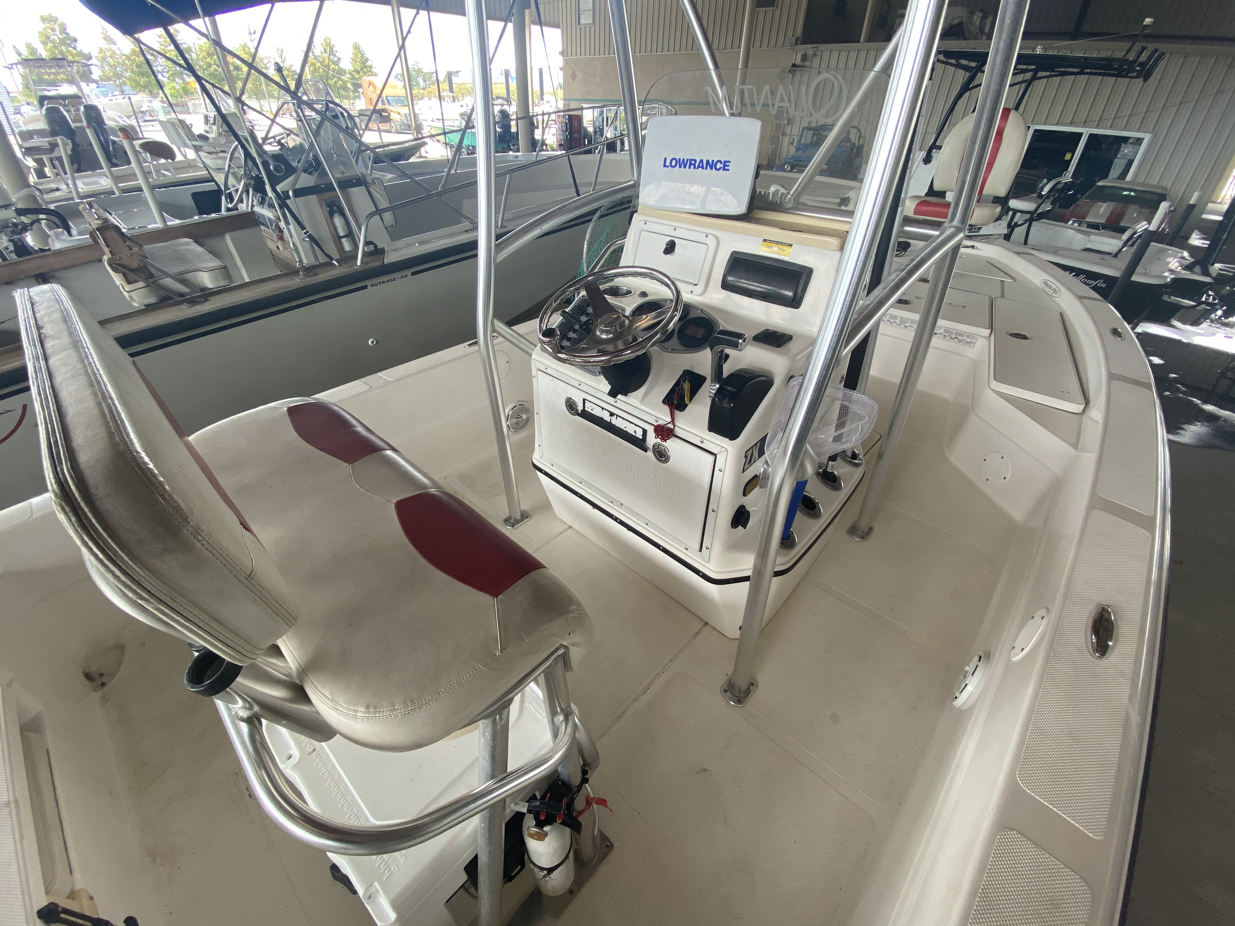 2010 Skeeter boat for sale, model of the boat is ZX24V & Image # 8 of 16