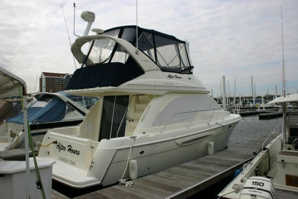 Meridian 381 Sedan Bridge Motor Yachts. Listing Number: M-3545153