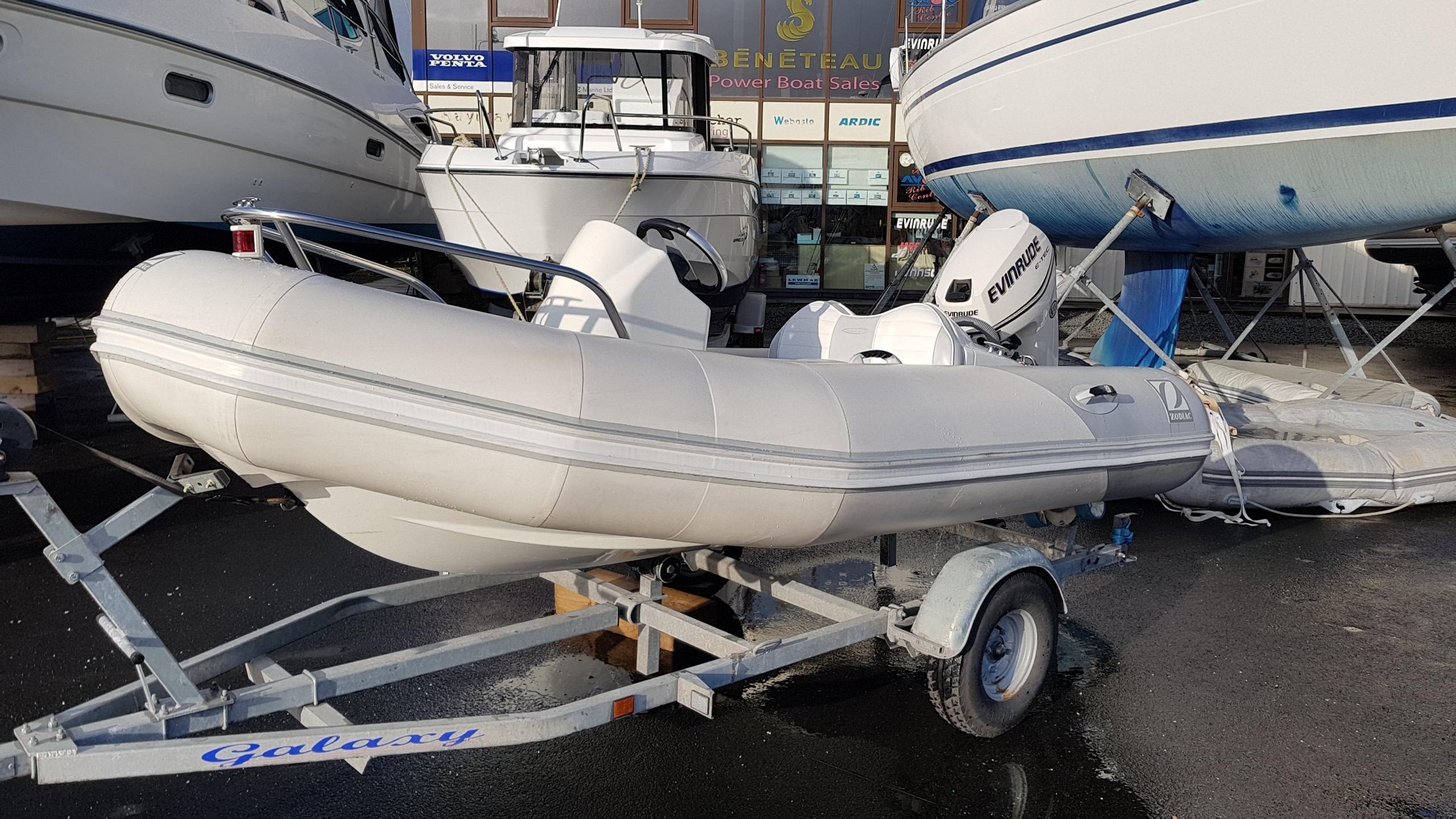 Yachtline 340DL