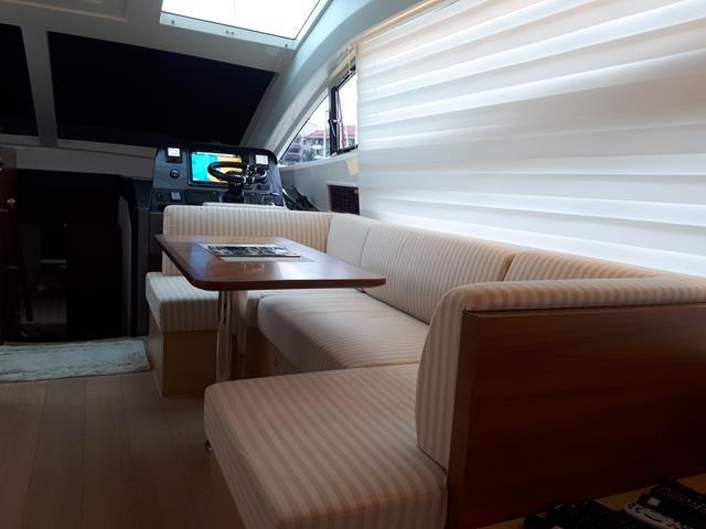 Horizon E56 Dinette in Salon