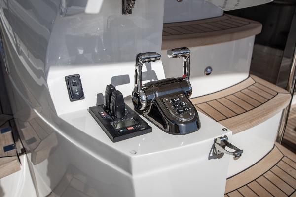 Princess Motor Yacht Sales - Used Princess 64