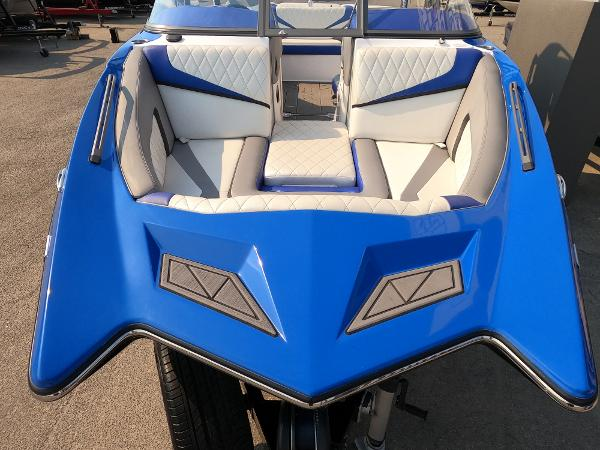 2016 Tige boat for sale, model of the boat is RZ2 & Image # 11 of 17