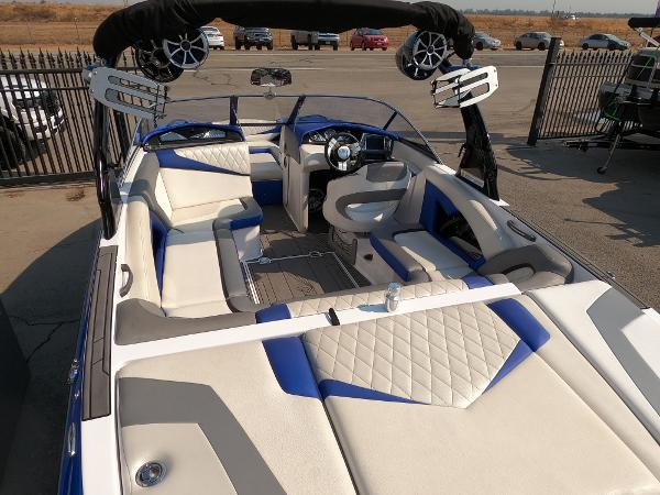 2016 Tige boat for sale, model of the boat is RZ2 & Image # 16 of 17
