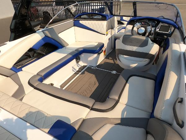 2016 Tige boat for sale, model of the boat is RZ2 & Image # 10 of 17