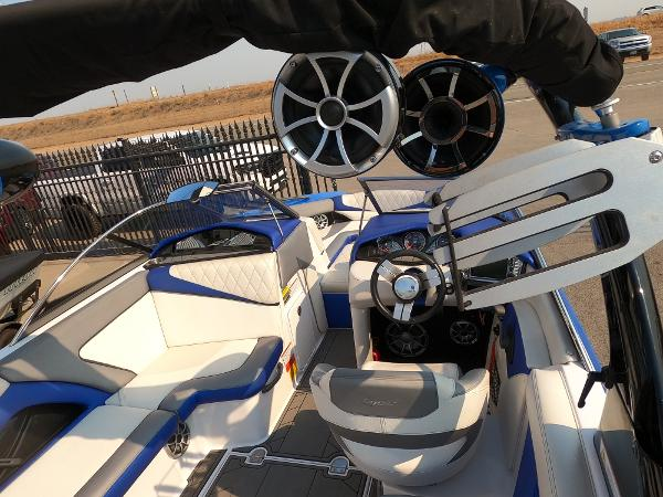 2016 Tige boat for sale, model of the boat is RZ2 & Image # 14 of 17