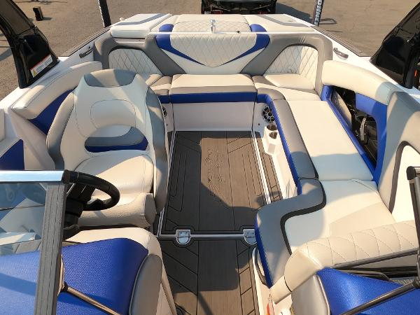 2016 Tige boat for sale, model of the boat is RZ2 & Image # 7 of 17