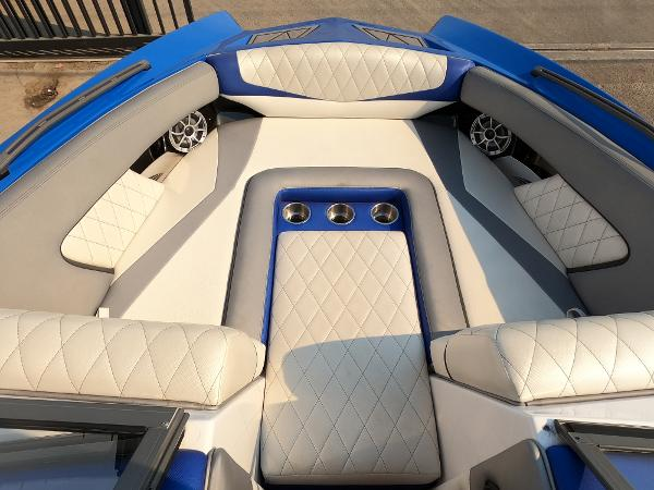 2016 Tige boat for sale, model of the boat is RZ2 & Image # 8 of 17