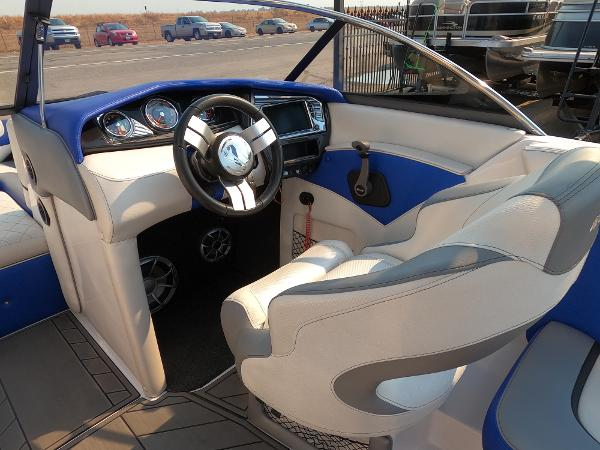 2016 Tige boat for sale, model of the boat is RZ2 & Image # 15 of 17
