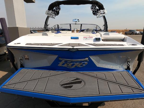 2016 Tige boat for sale, model of the boat is RZ2 & Image # 4 of 17