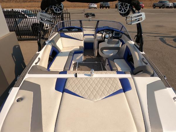 2016 Tige boat for sale, model of the boat is RZ2 & Image # 5 of 17