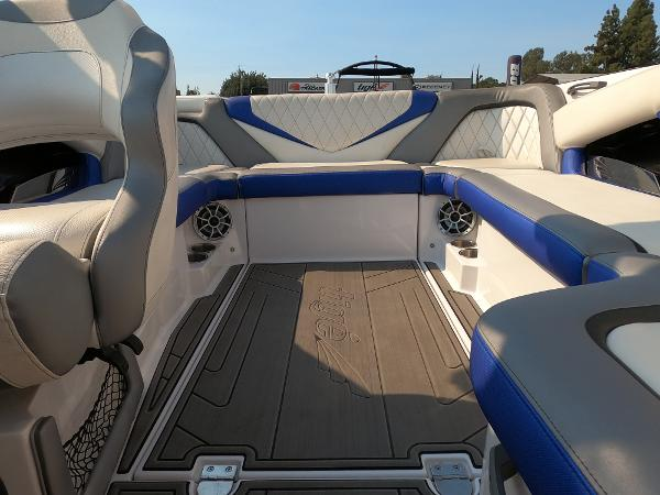 2016 Tige boat for sale, model of the boat is RZ2 & Image # 13 of 17