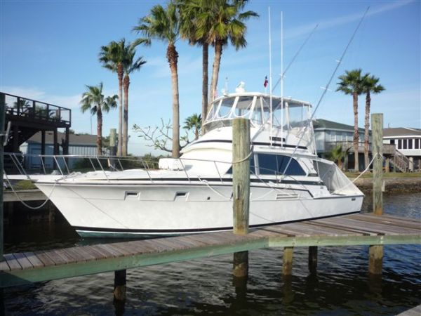 Bertram 46 Convertible Sports Fishing Boats. Listing Number: M-3545187