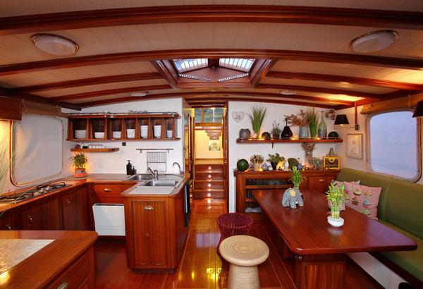 Trawler 15 M Galley