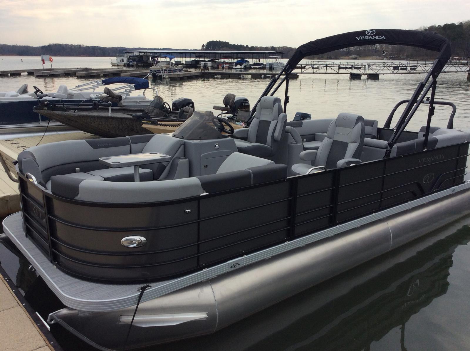 Veranda Vr22Rc Luxury Tri-Toon W/ Yamaha Vf200La