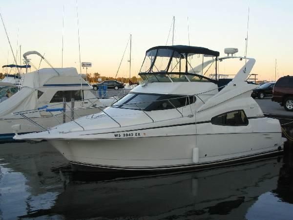 33' Silverton Sport Bridge